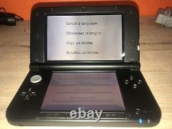 Nintendo New 3DS XL With Accessories